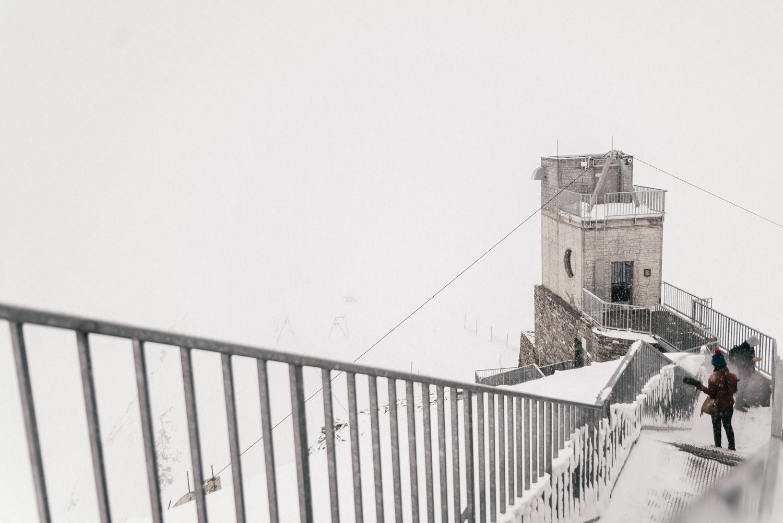 Matterhorn Glacier Paradise en molnig dag