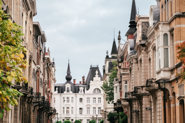 Pittoresk gata i Zurenborg, Antwerpen