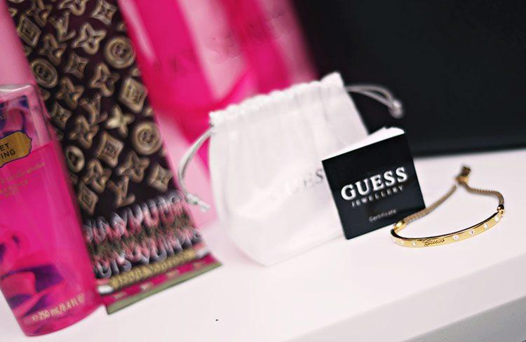 guess-armband