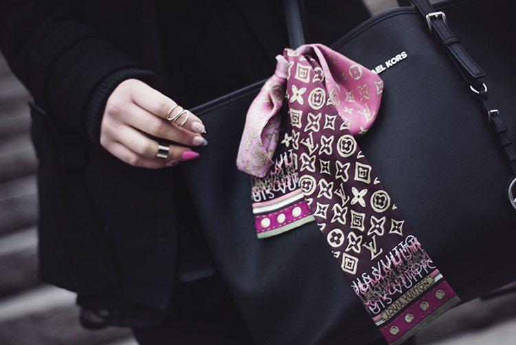 louis-vuitton-scarf