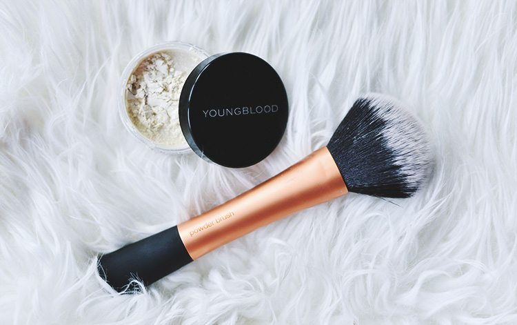 Youngblood-Loose-Mineral-Rice-Setting-Powder