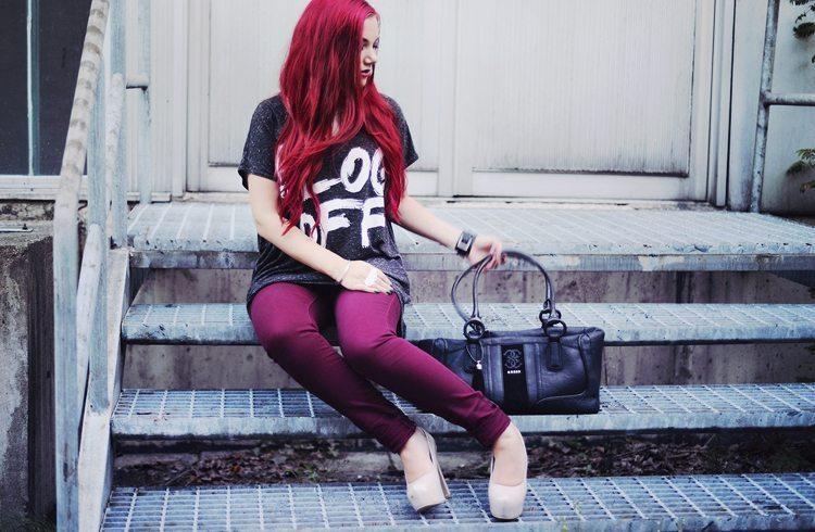 Rött hår - blir garanterat en del av dig!