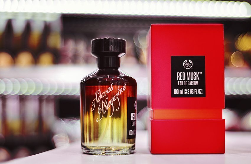 Ingraverad parfymflaska - Red Musk
