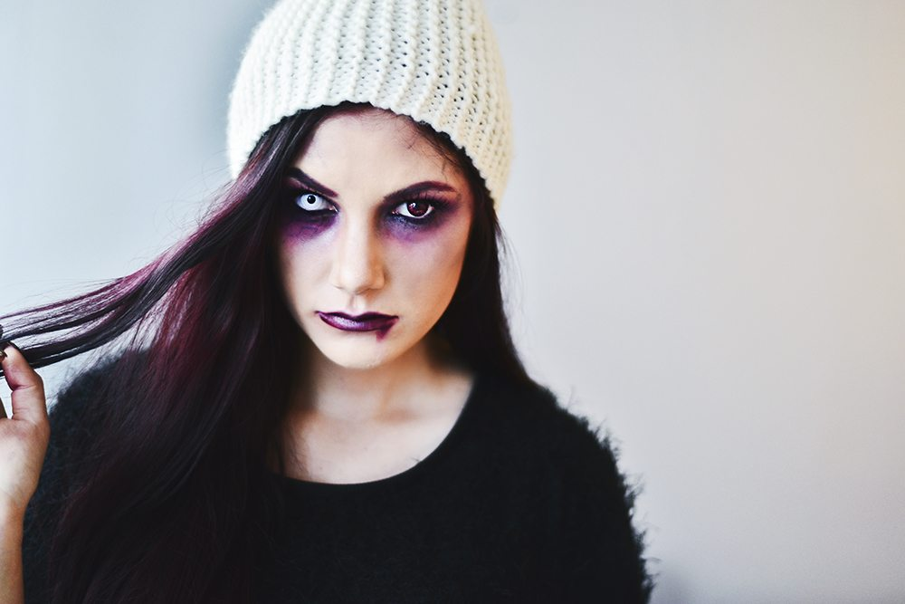 Halloween Makup - Haunted Girl