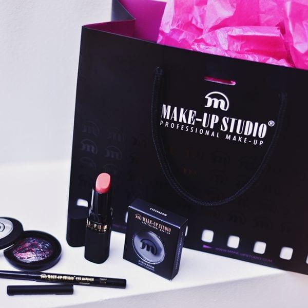 Make-Up Studio Professional