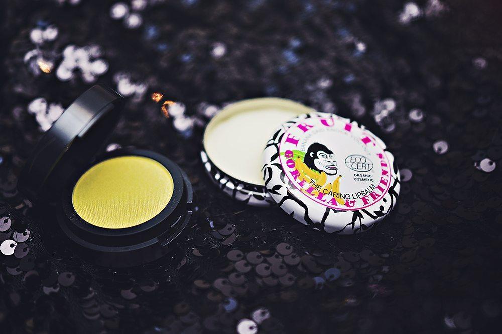 Make up Store Microshadow & Fruit Gorilla & Friends Caring Lip Balm
