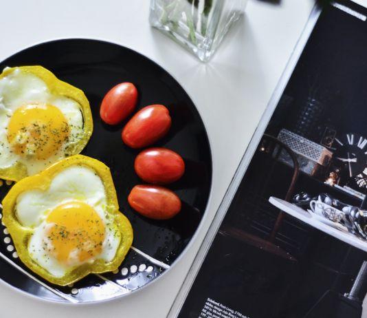 Stekt ägg i paprika