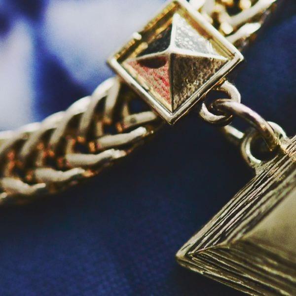 Halsband från Ur & Penn