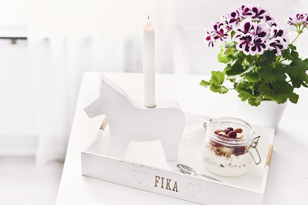 Handgjord hästljusstake från Mysvrån Design