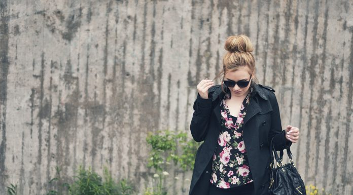Flower Blouse Outfit