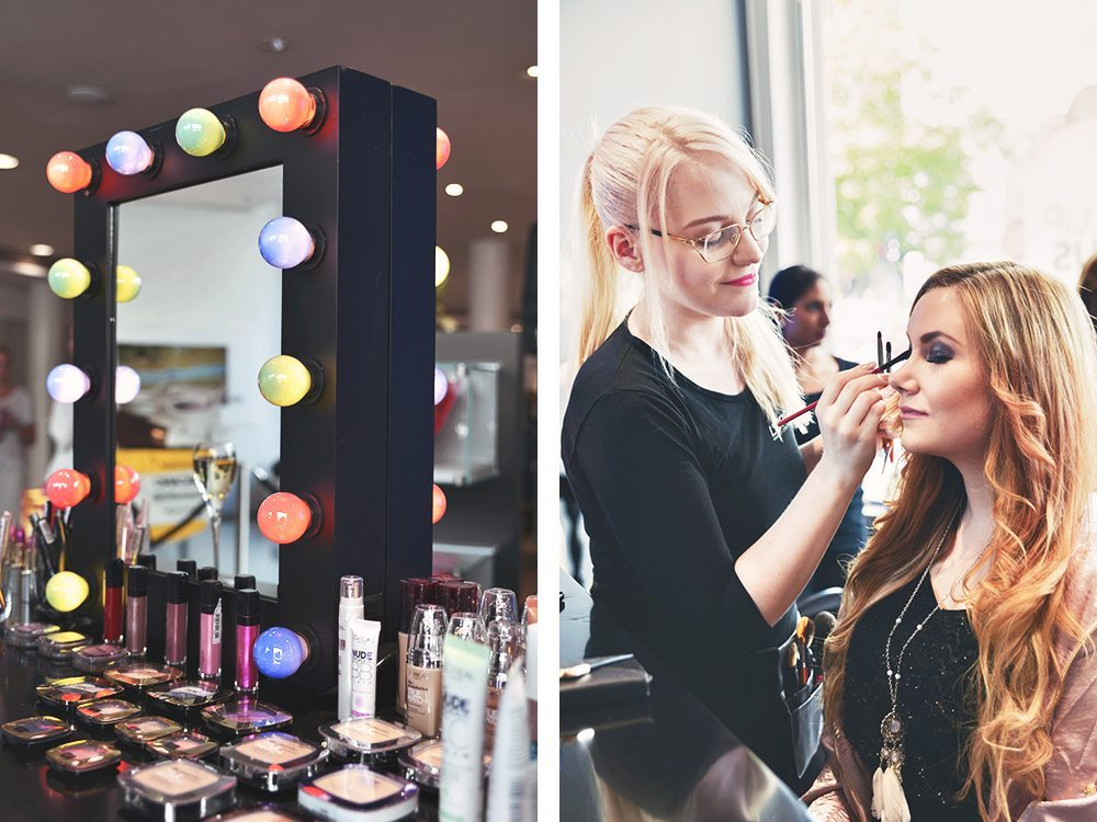 Beauty bloggers and makeup mirror