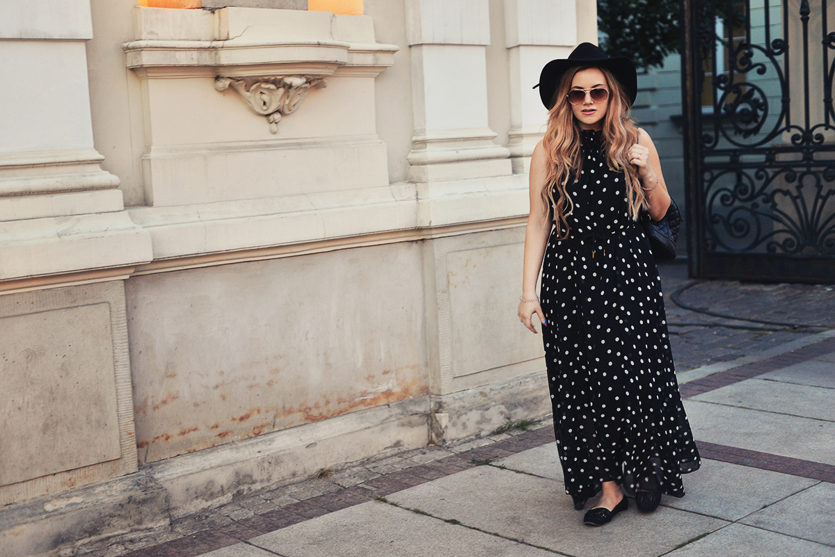 Warsaw outfit: Polka dots & hat