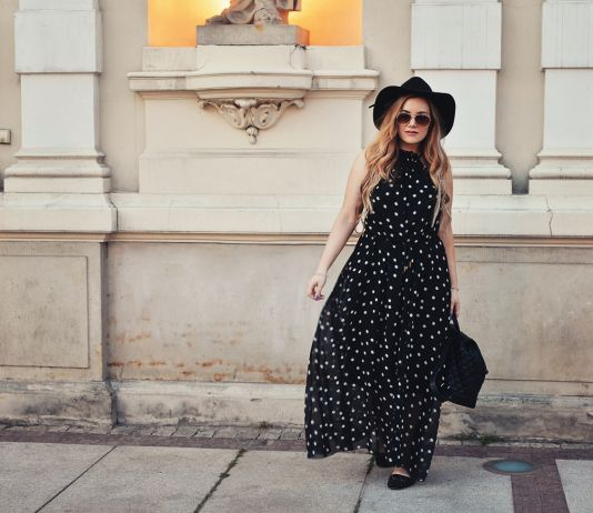 Warsaw outfit: Polka dots & hat