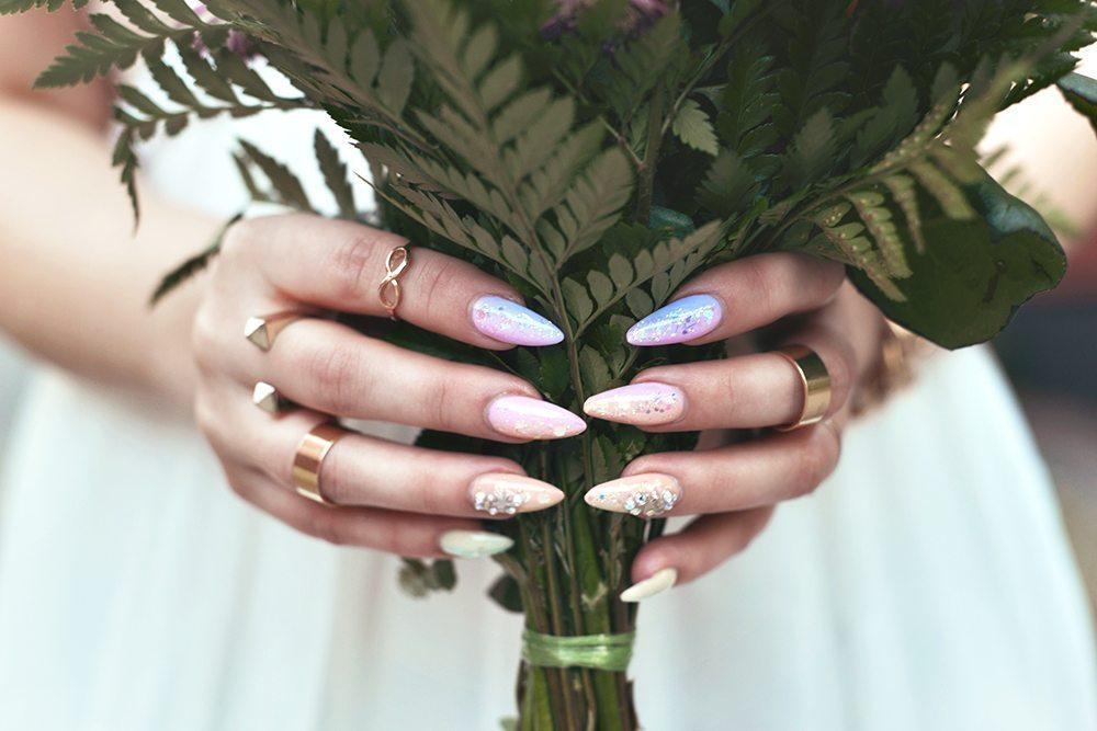Mermaid stiletto nails