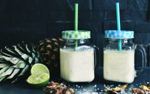 Ananassmoothie med kokos & lime