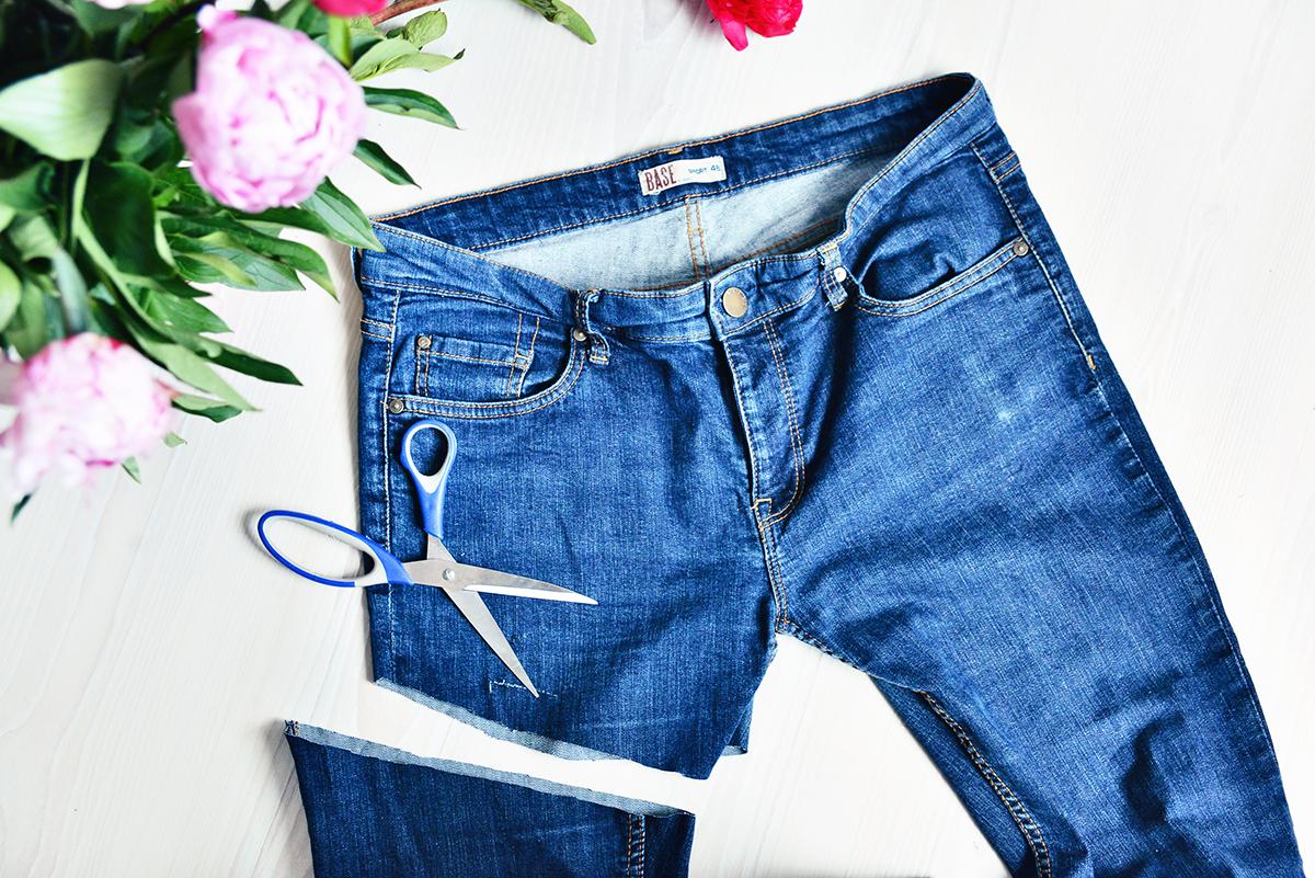 DIY Ripped denim cut off shorts