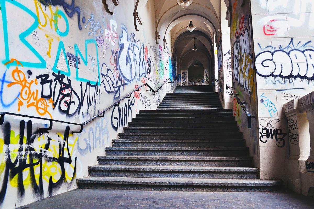 Graffiti i Warszawa