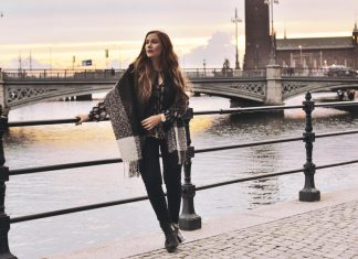 Poncho outfit / Stockholm
