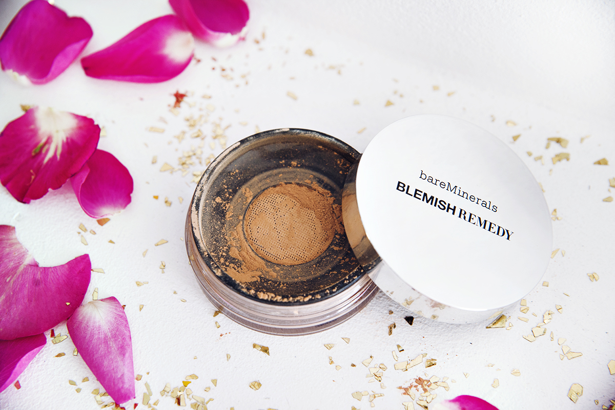 bareMinerals Blemish Remedy Foundation - Foundations: Bäst i test 2015