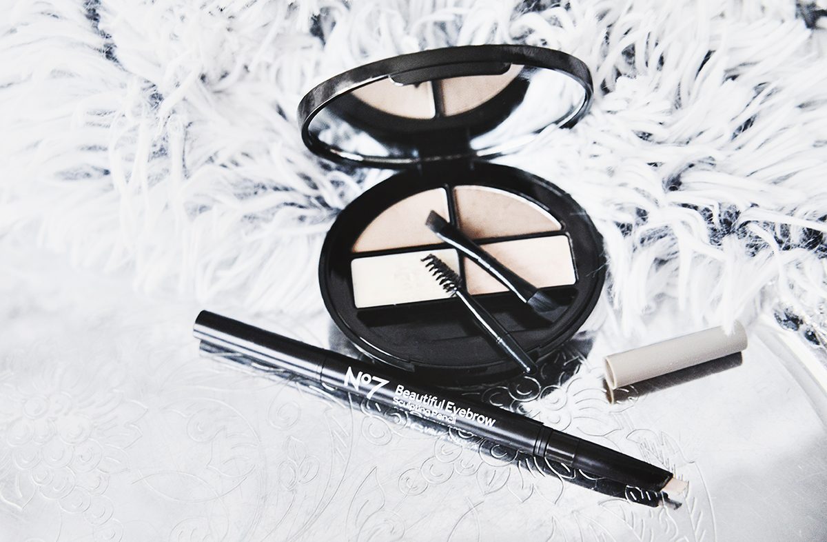 No7 Beautiful Eyebrow Kit