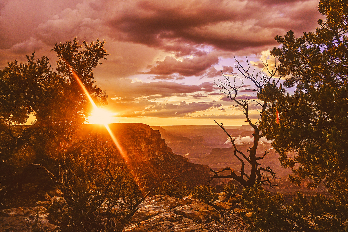 Beautiful sunset in Grand Canyon South Rim