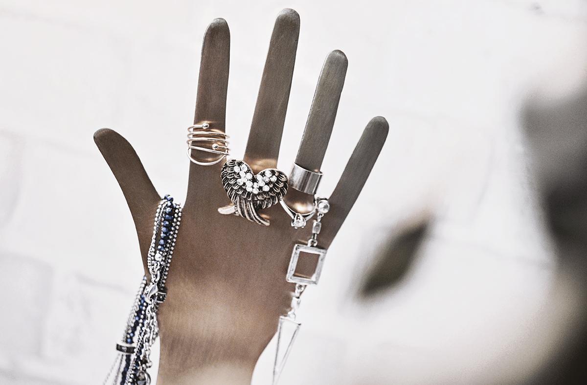 Smyckeshållare i guld
