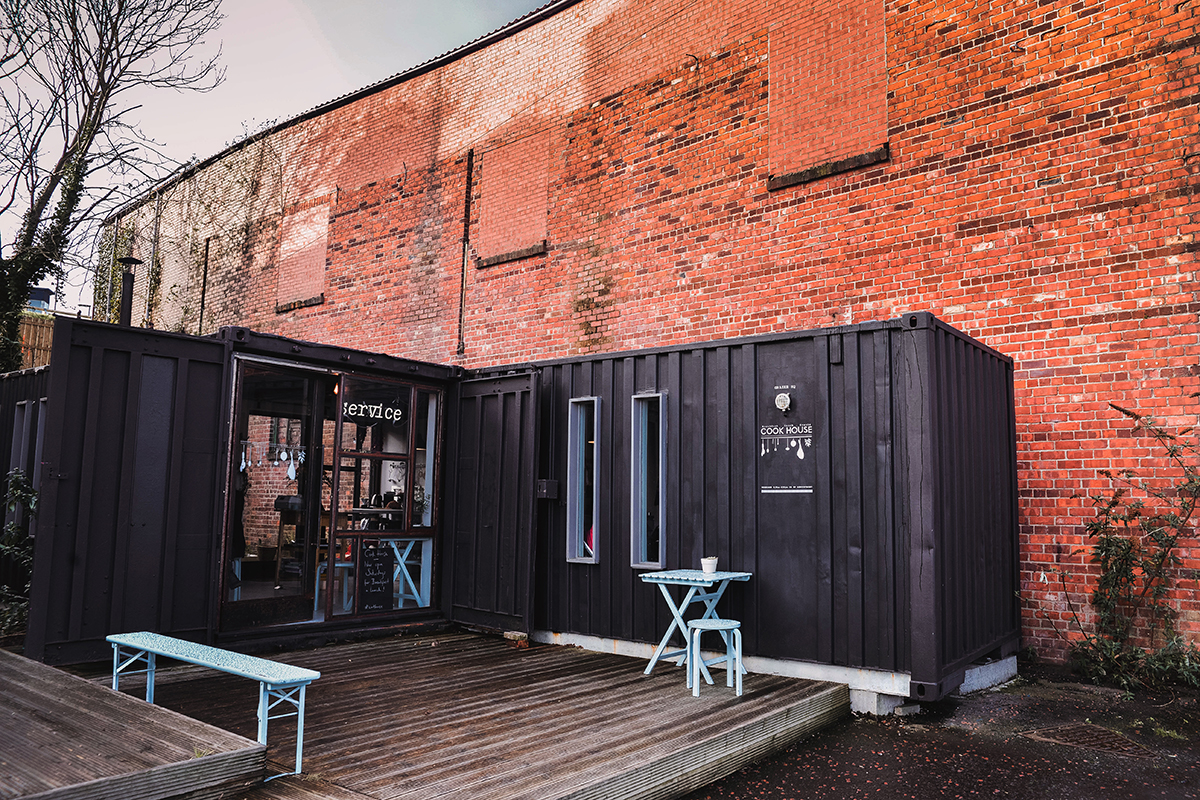 Cook House in Newcastle-Gateshead - Restaurant in a shipping container