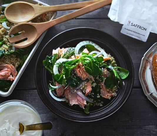 Saffroncooks.com - Varmrökt lax med cous cous