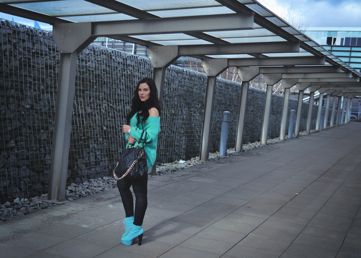 Turquoise outfit