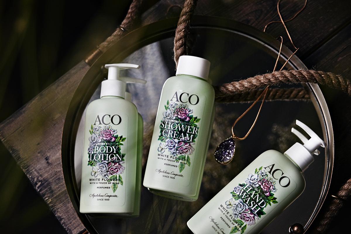 ACO White Flowers Limited Edition - Stillebenskola