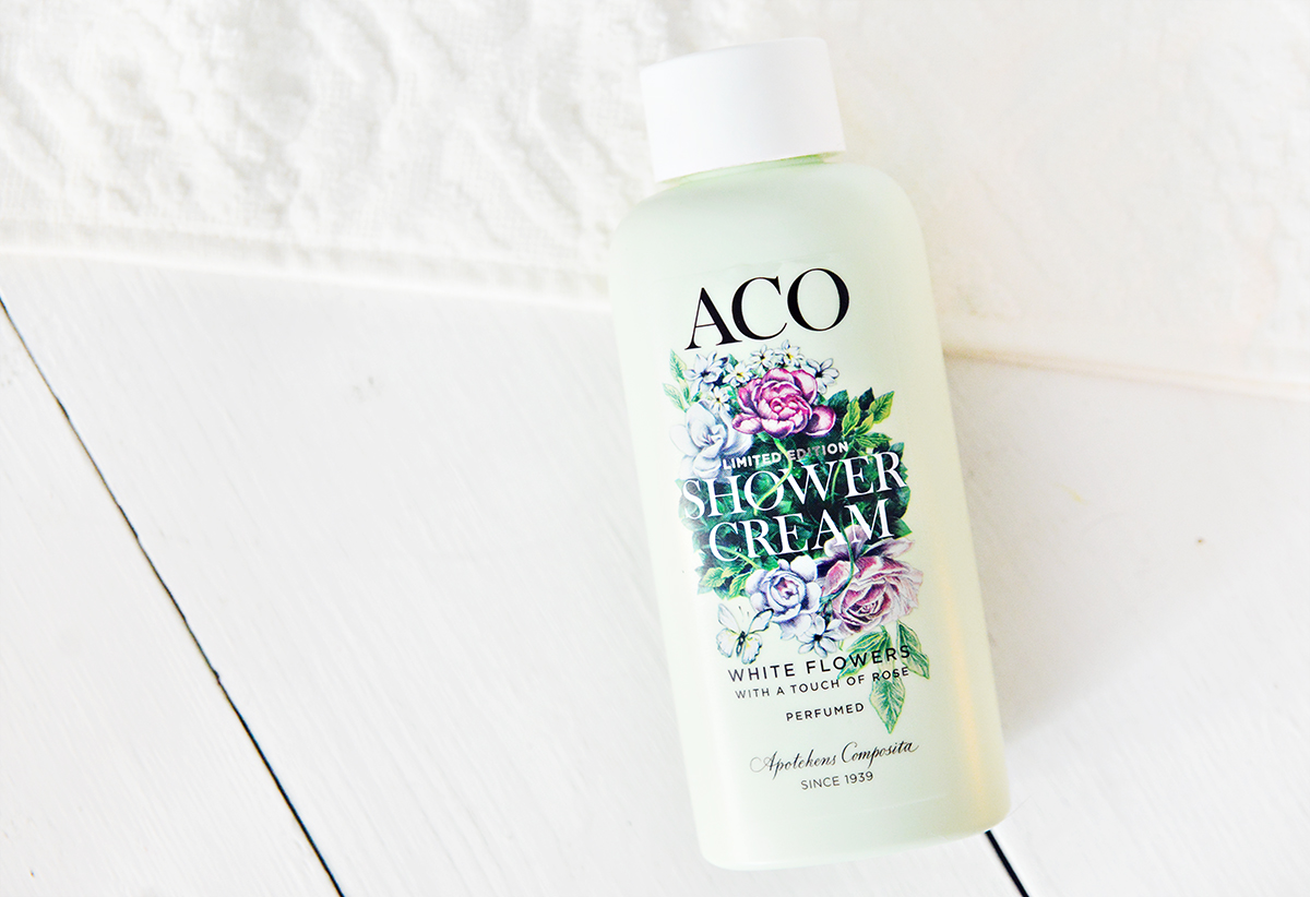 ACO Ltd edition showercream white flower
