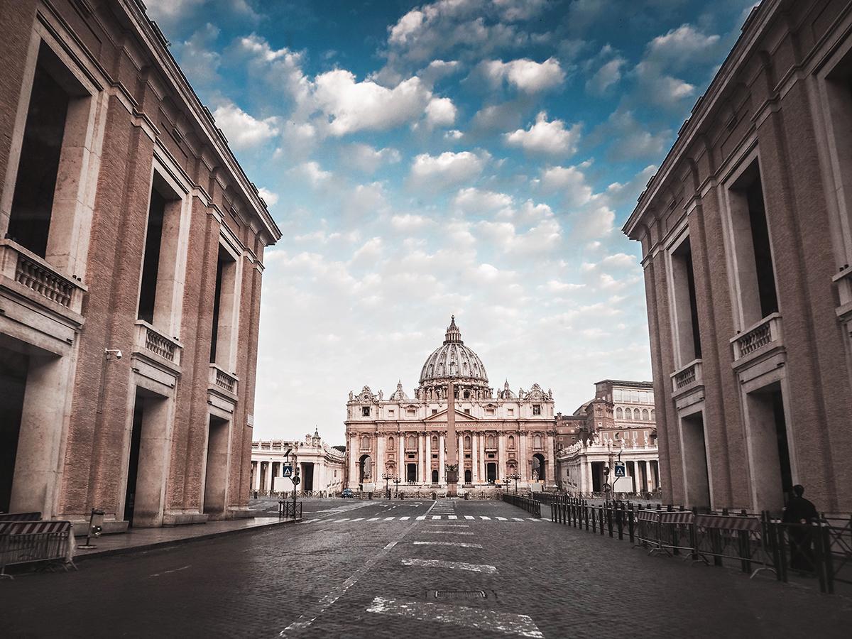 Vatikanen & Peterskyrkan - Outside St. Peter's Basilica, Vatican City
