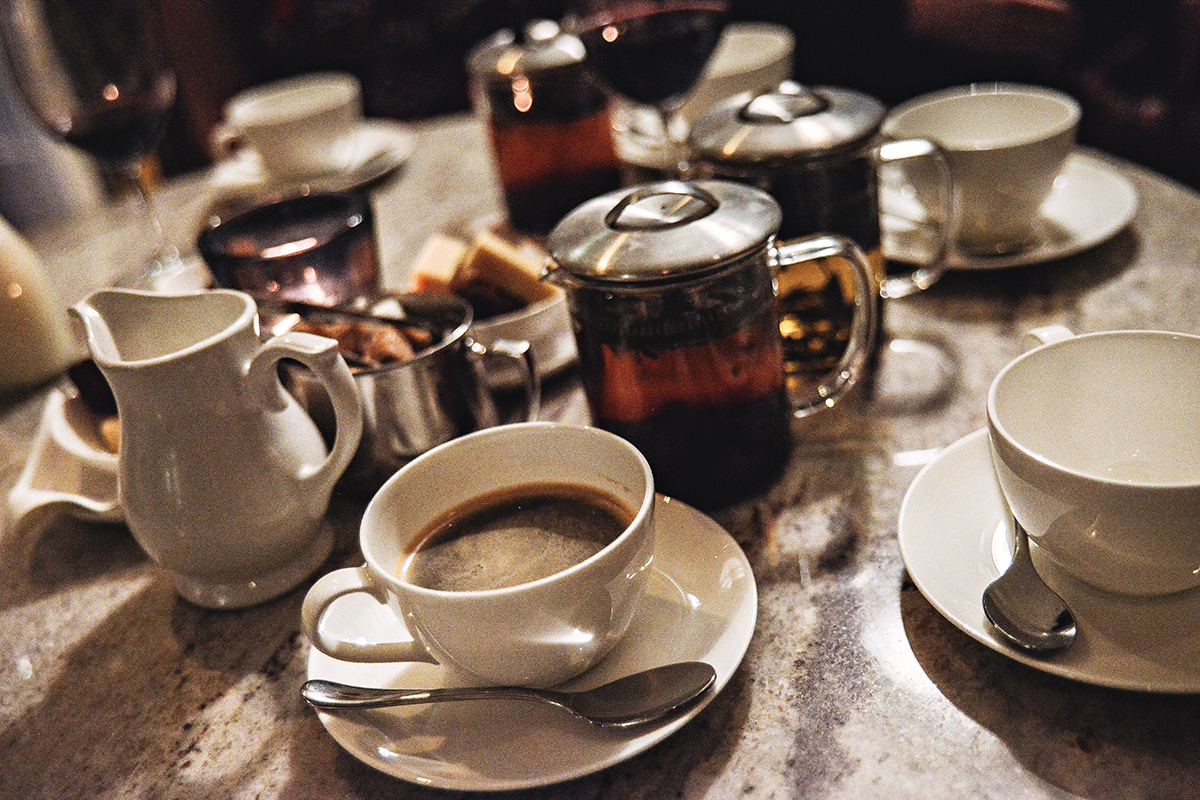 Afternoon tea and coffe in Great Britain