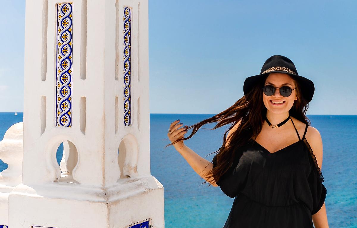 Black cold shoulder playsuit at Balcón del Mediterráneo