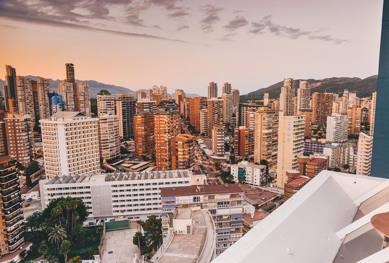 Madeira Centro Rooftop Bar in Benidorm