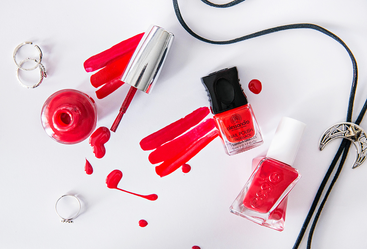 Red Nail Polishes for Summer 2016