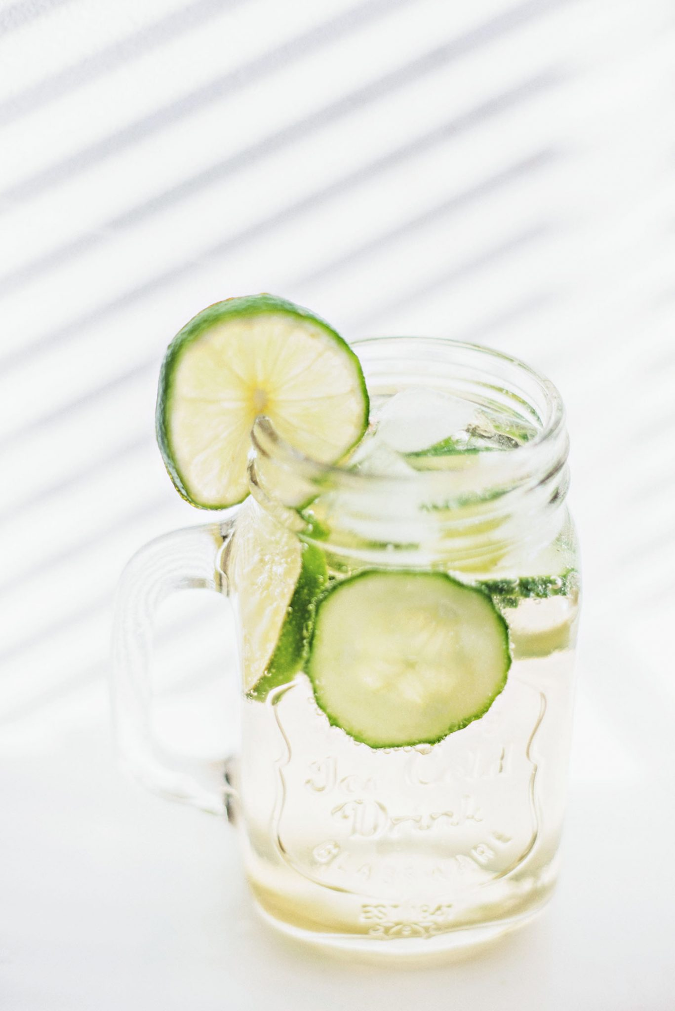 Water drink with SodaStream Free Pear