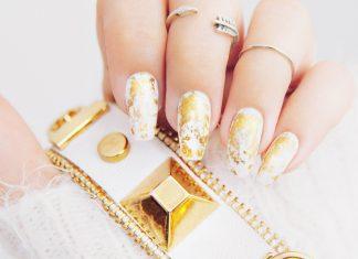 DIY: Gold Marble Nail Design  Guldiga marmornaglar