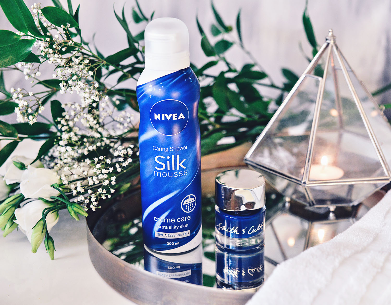 Vardagslyx med Nivea Caring Shower Silk Mousse