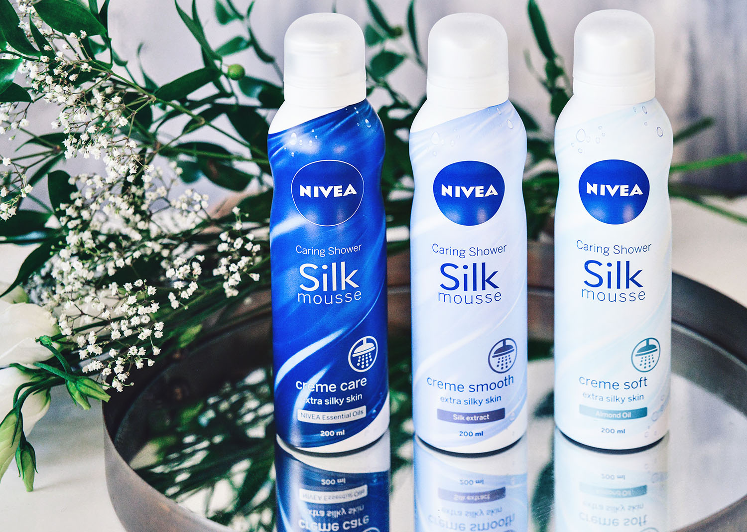 Nivea Caring Shower Silk Mousse