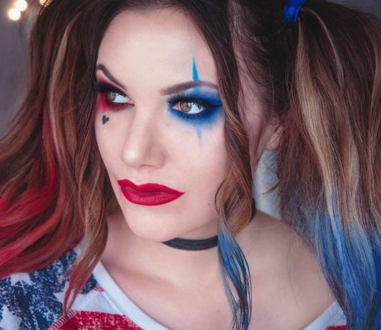 Harley Quinn Makeup - Halloween Costume Idea