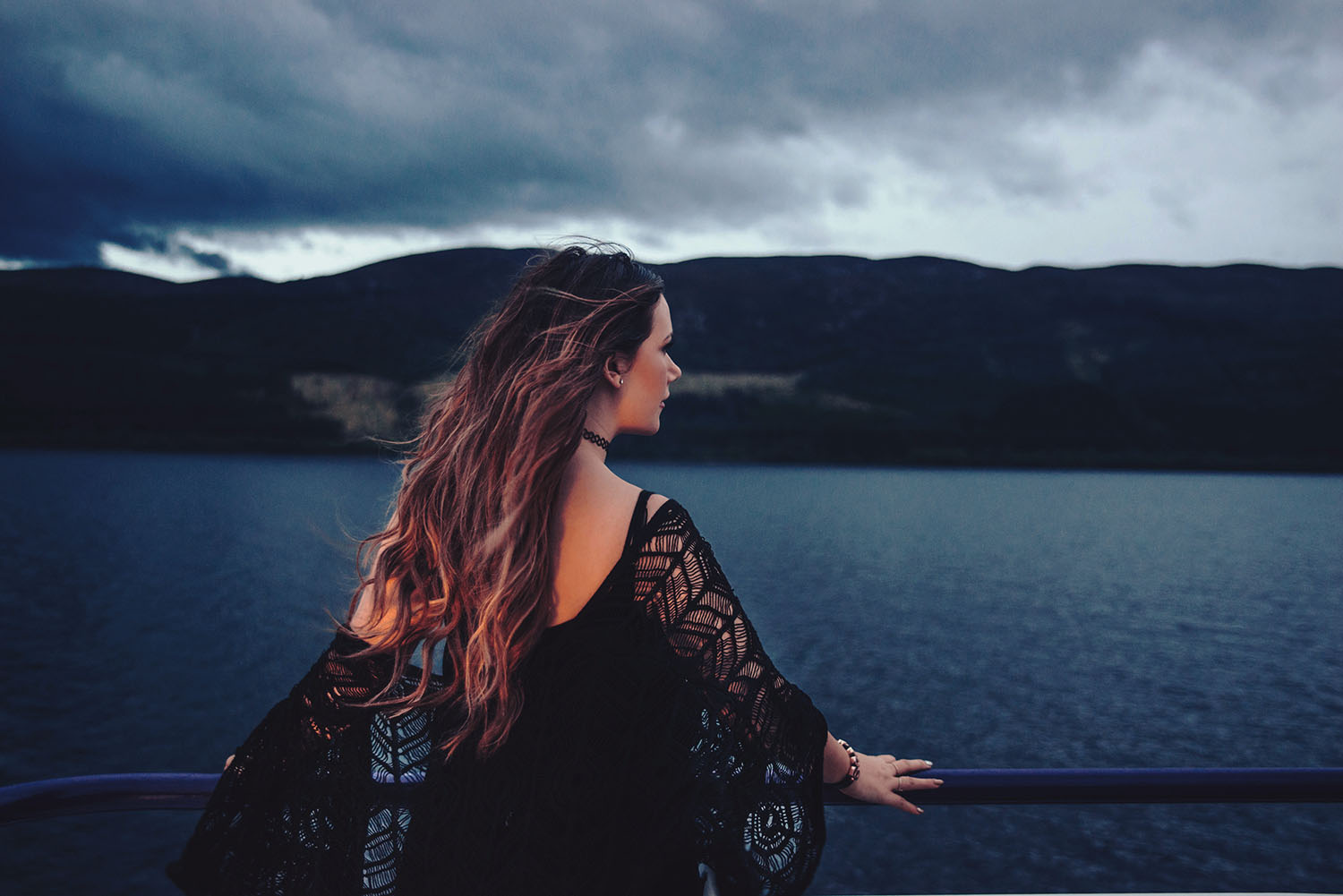 Ida Josefin Eriksson - Looking for Nessie on boat tour on Loch Ness