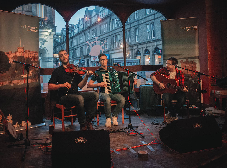 Scottish live music at Hootananny