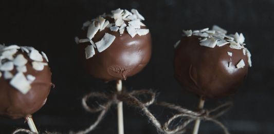 Coffee Cake Pops with coconut chips