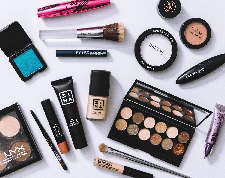 Makeup Flatlay with 3ina, Sleek Makeup, NYX, IsaDora, Bareminerals