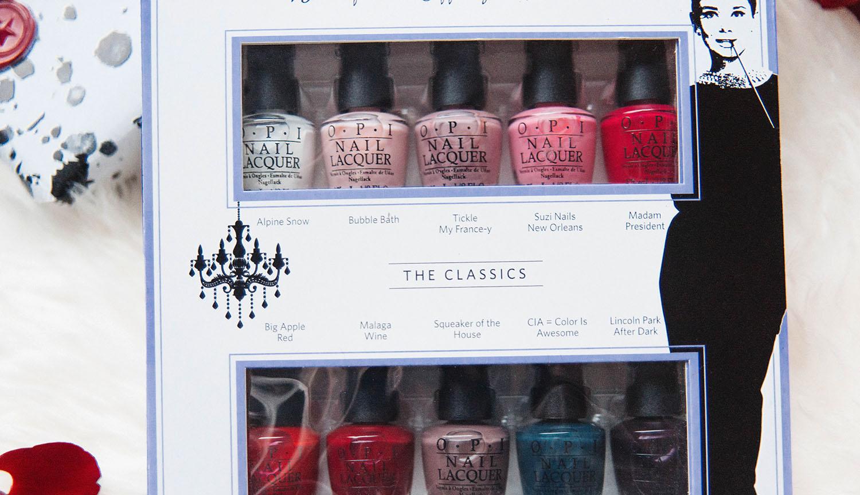 Close up picture of OPI Breakfast at Tiffanys Holiday 2016 Mini 10 nail polishes