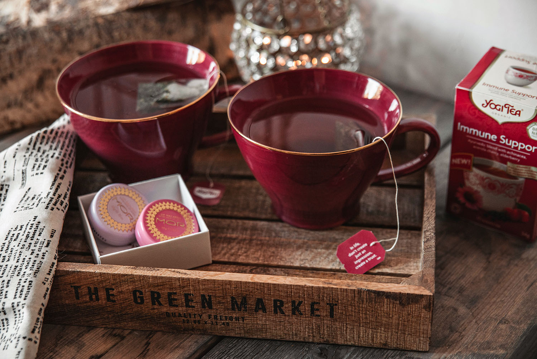 Yogi Tea & Mor Cosmetics Lip Macarons