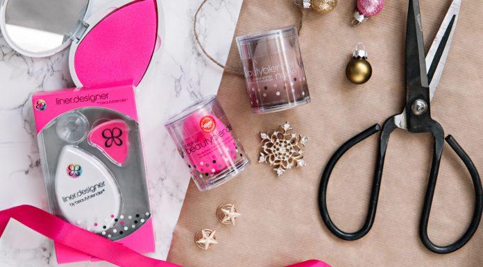 Christmas Flatlay: Beautyblender, Blotterazzi & Liner.Designer