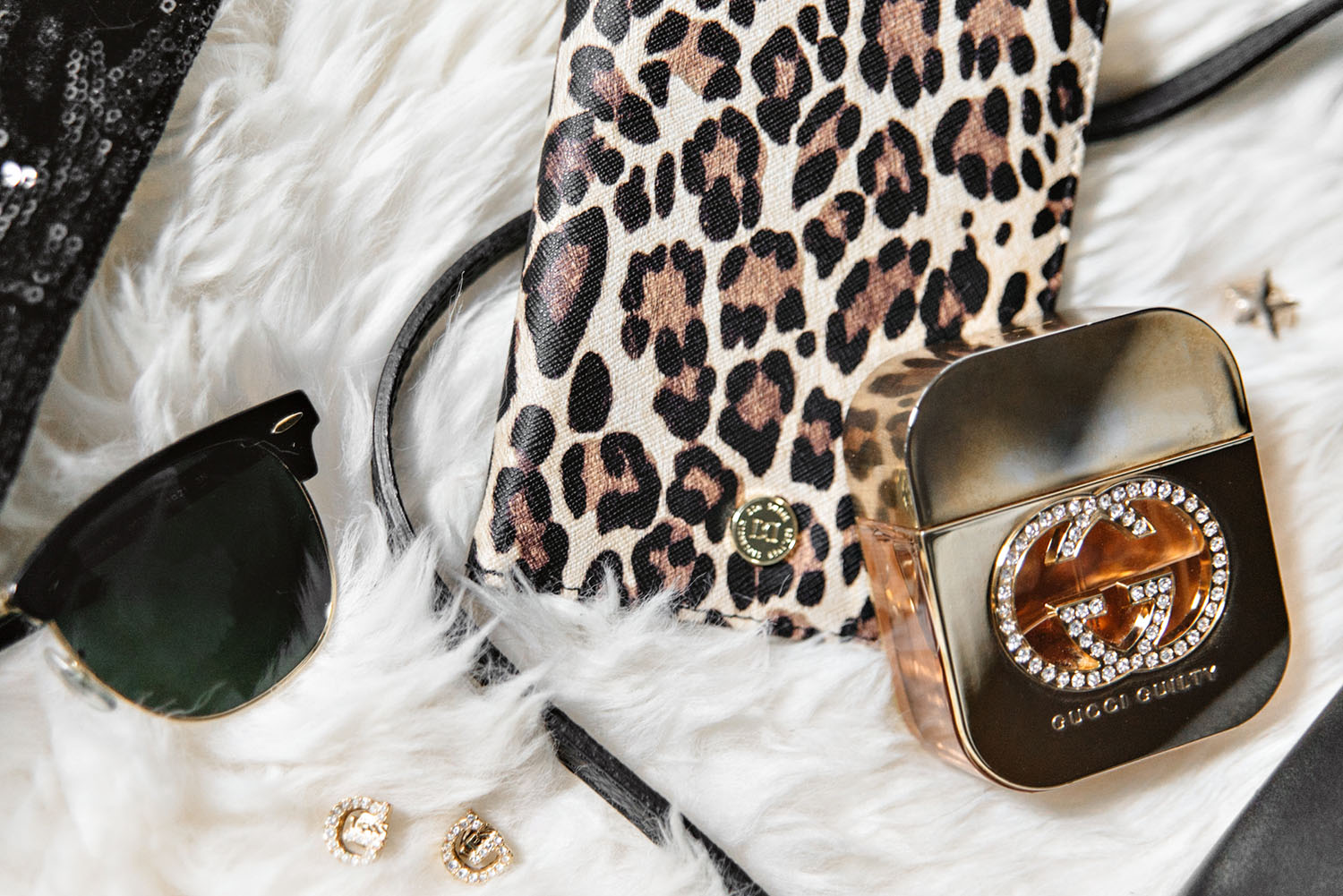 Gucci Guilty and Leopard Passport Cover