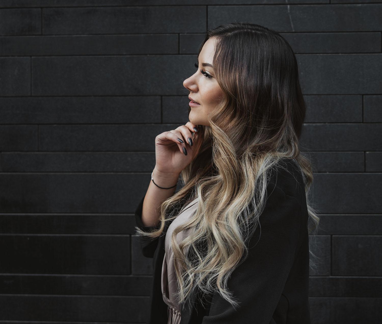 Rapunzel of Sweden Hair Extensions - Hårförlängning med nail hair